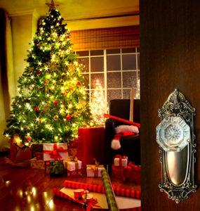 Tonos rojos y verdes para decoración en navidad
