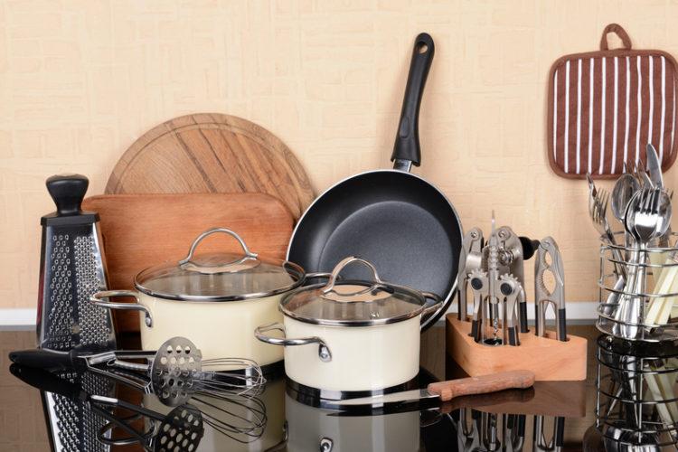 equipos y utensilios de cocina